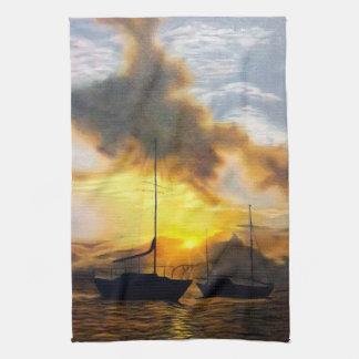 Zwei Segelboote in einem schönen Sonnenuntergang Handtuch