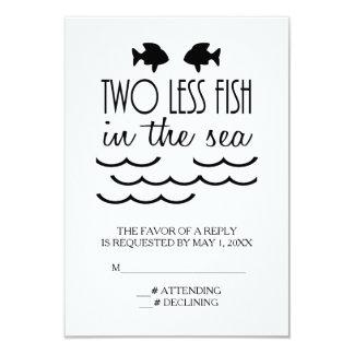 Zwei weniger Fische in der Seehochzeit Karte